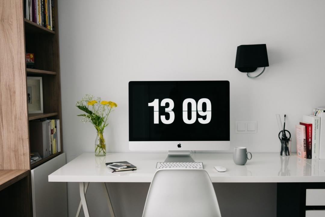 Tối giản góc làm việc - Khơi nguồn cảm hứng sáng tạo